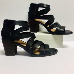 Lucky Brand Kalia in Black (Size 8.5/9)